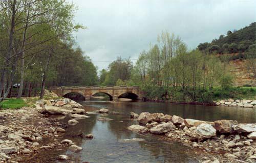 Las comunidades de regantes de la Valduerna piden a CHD la regulación del río Duerna