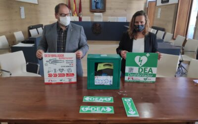 La Bañeza tendrá desfibriladores en el ayuntamiento, en el teatro y en los tres colegios de Infantil y Primaria