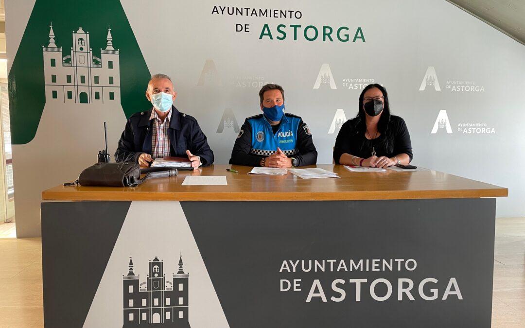 """El Agente Tutor de Astorga vuelve a los centros educativos y abre su ámbito de actuación con dos objetivos clave """"formación y prevención"""""""