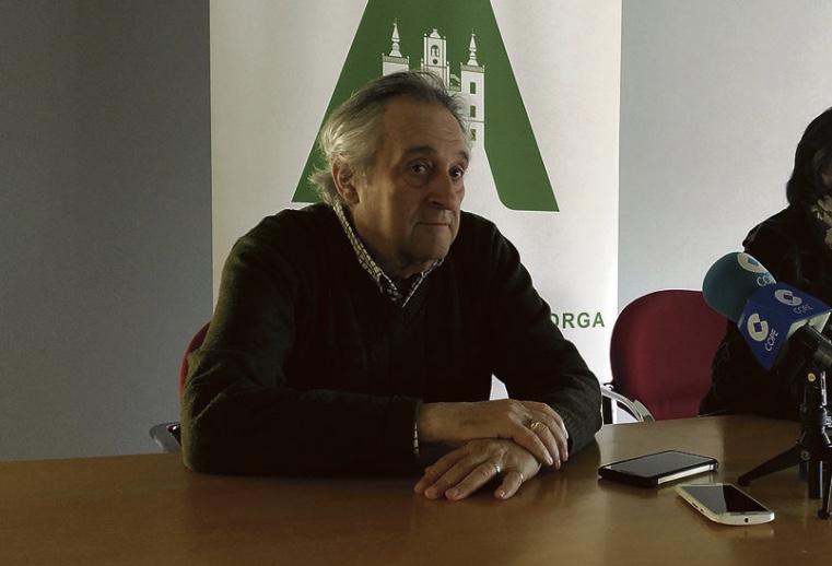 Max Alonso lleva las 'Leyendas y cuentos de Maragatería' a Val de San Lorenzo