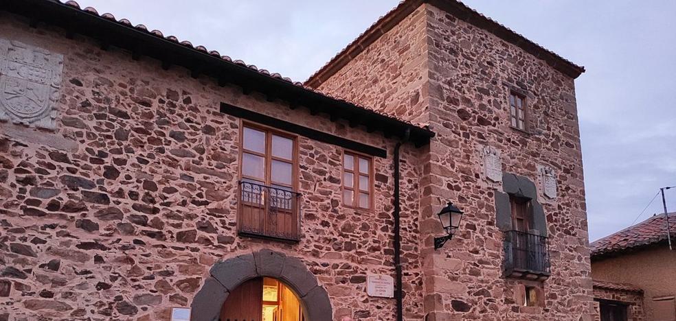 El Torreón de Pernía acogerá un taller de restauración de bienes muebles de la cultura popular
